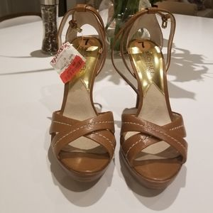 High Heeled Strappy Sandals 7M